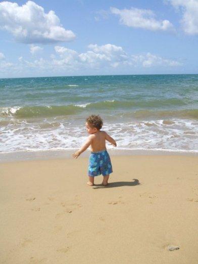 Ale bebe playa