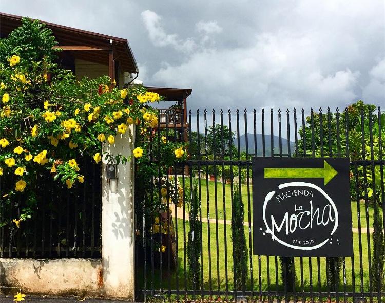 Entrada, barrio La Mocha